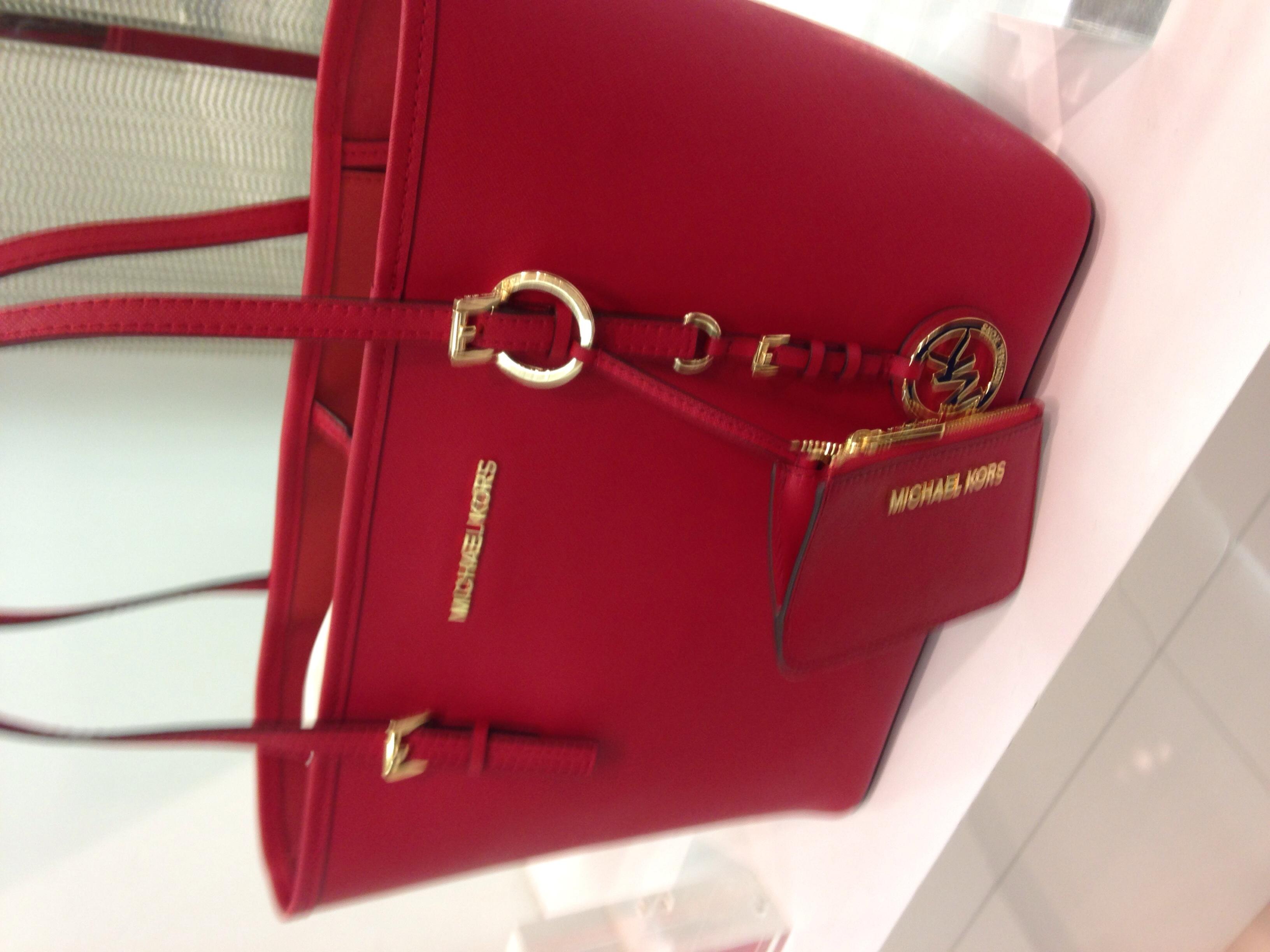 红色十字纹购物袋(没有那个零钱袋)