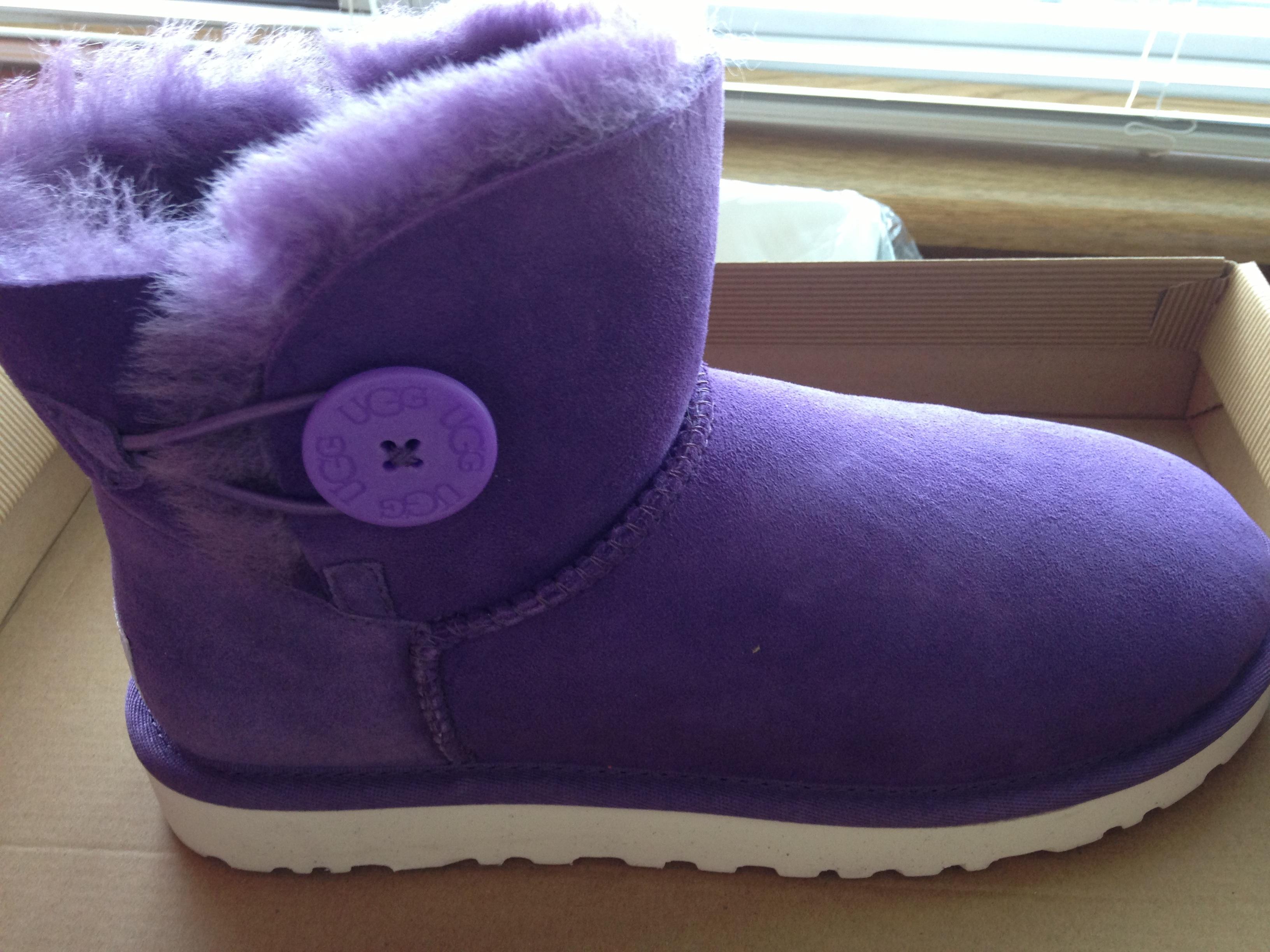 ugg mini bailey 紫色白底成人女靴