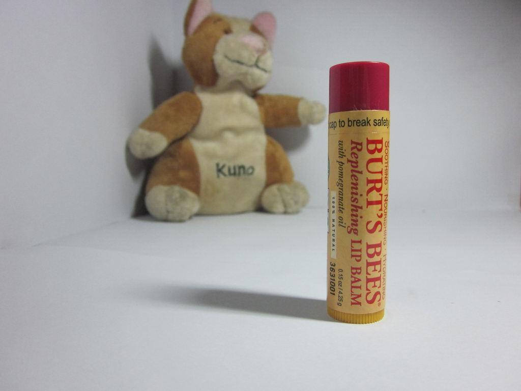 【美国直邮】Burt's Bees小蜜蜂石榴保湿滋润护唇膏