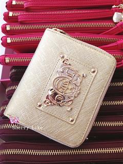 Juicy Couture 超人气新款 十字纹牛皮 短款钱包 码头护航直邮