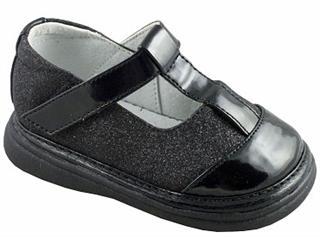 美国直邮 Wee Squeak 可爱舒适女童鞋