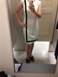 CK 白色连衣裙